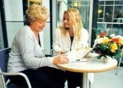В чем отличие психотерапевта от психиатра?