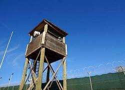 Буш решил не закрывать тюрьму в Гуантанамо