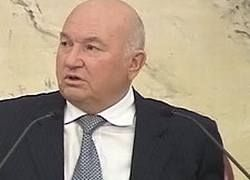 Лужков объявил об создании новой авиакомпании