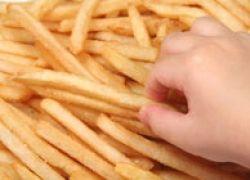 Жирная и соленая пища на треть повышает угрозу сердечных приступов