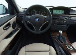BMW борется с серым импортом своей продукции в Россию