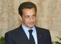 Саркози будет бороться против изображающих его кукол-вуду