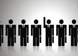 Около 11% населения говорят о сокращениях на своих предприятиях