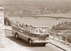 Автобусы-кабриолеты