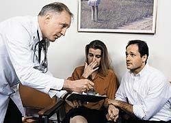 """Частные медики хотят запретить \""""государственным\"""" брать деньги с больных"""