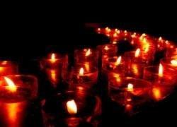 Китаец тушит свечи глазами