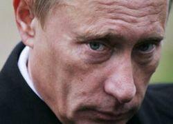 Финансовый кризис накаляет борьбу за власть в Кремле