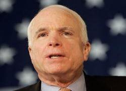 Чтобы помочь Маккейну, его сторонница инсценировала нападение