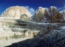 На Олимпе пропали 14 альпинистов