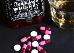 Можно ли сочетать лекарства с алкоголем?