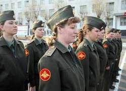 Отмена в армии мичманов и прапорщиков - погром в посудной лавке?