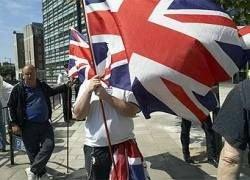 Великобритания осталась без национального праздника