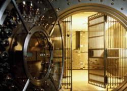 Россияне за месяц унесли из банков 90 миллиардов рублей