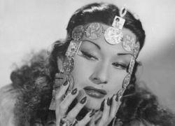 Скончалась знаменитая певица Има Сумак