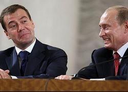 Поправки Медведева сулят шесть лет Путину