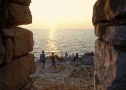 В Хорватии туристам показывают порно