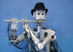 Робот научился играть на флейте