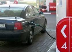 """За высокие цены на топливо оштрафуют также \""""Роснефть\"""" и \""""Лукойл\"""""""