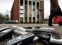 Nokia предсказала сокращение продаж мобильников