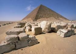 Египетские пирамиды строились изнутри?