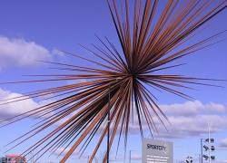Самая высокая скульптура Британии разоряет ее создателей