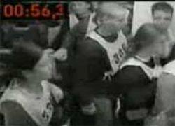 Эвакуация 873 человек из самолета за 77 секунд