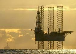 Цена нефти Brent упала ниже $50 за баррель впервые с 2005 года