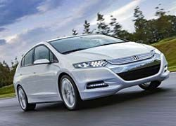 Гибридный хэтчбек Honda Insight научит экономить топливо