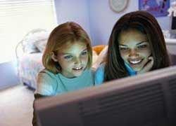 Подросткам ОАЭ запретили посещать Интернет-кафе