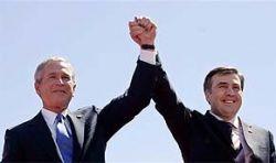 Перед встречей с Медведевым Буш поддержал Грузию
