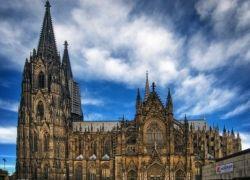 Кельнский собор признан главной достопримечательностью Германии