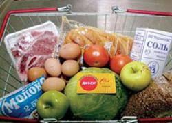 Из-за кризиса две трети россиян стали экономить на еде