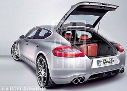 Porsche Panamera в движении
