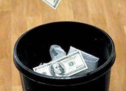США обрекли доллар на падение