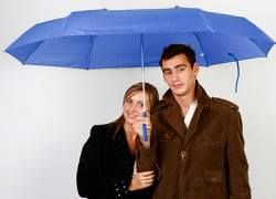 Самый дорогой зонт в вашей жизни: укрытие ценой $50 000
