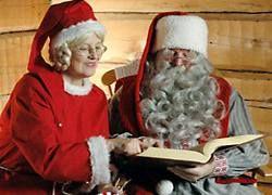 Санта-Клауса уволили за предложение посидеть у него на коленях