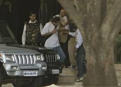 В Мумбаи захвачен живым один из террористов