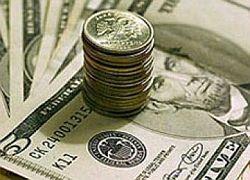 Банки копят деньги, клиенты уводят деньги в валюту, кредиты растут