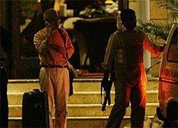 Террористы в Мумбаи отпускают российских заложников