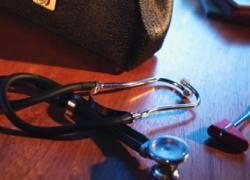 Медицину поэтапно переведут на страховое финансирование