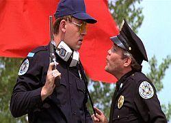 Новое оружие полиции против пьяниц – тапочки