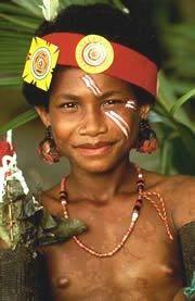 Люди оделись в красное 15 тысяч лет назад