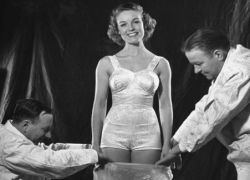 Как использовали латекс в 1939 году?