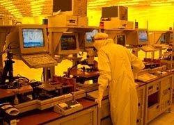 Ученые смогли использовать свет в наномеханизмах