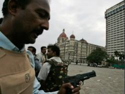 В отеле Taj Mahal в Мумбаи завершена антитеррористическая операция