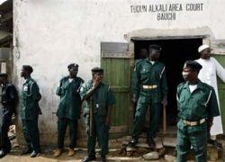 В беспорядках в Нигерии погибли 380 человек