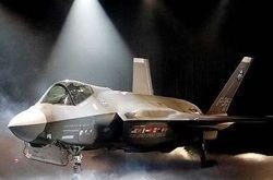 F-35 преодолел звуковой барьер