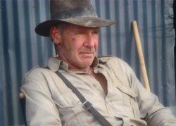 Голливуд продаст меч Люка Скайокера и шляпу Индианы Джонса