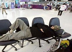 Туристов штрафуют за отказ отдыхать в горячей точке
