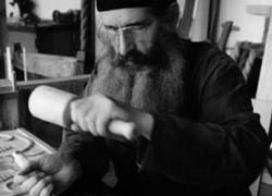 Что общего между монахом и жертвой финансового кризиса?